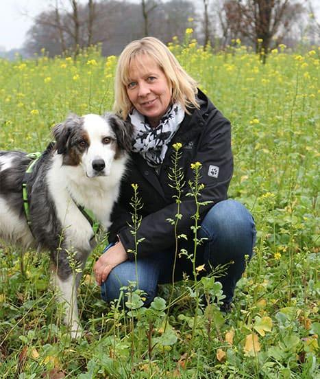 PTBS Assistenzhund Matze mit Frauchen Nicola